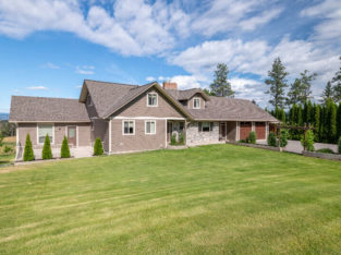 SPACIOUS 5 BD /4 BATH HOME ON 13.94 ACRES