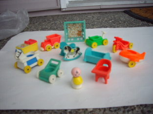 FISHER PRICE NURSERY W BABY