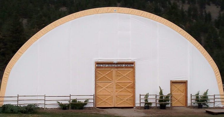Big Top Equestrian Centre – boarding in Summerland