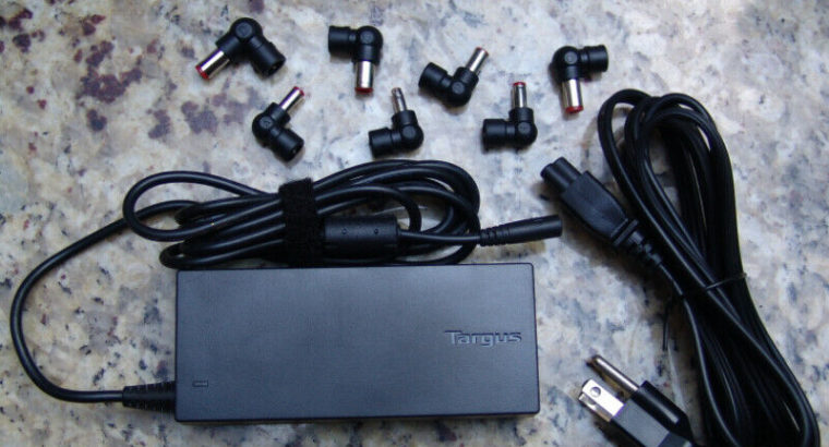 New 90W Targus Universal Adapter / Charger – APA30CA
