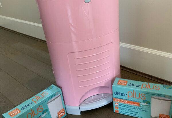Dekor Plus Diaper Pail with 2 unopened bag boxes. Perfect Condit