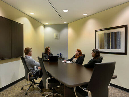 Gain productivity and reduce your costs by working with Regus!