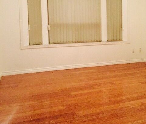 Looking for Roomate: 2 bedrooms & 1 Washroom