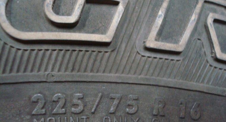 225/75r16 General Grabber