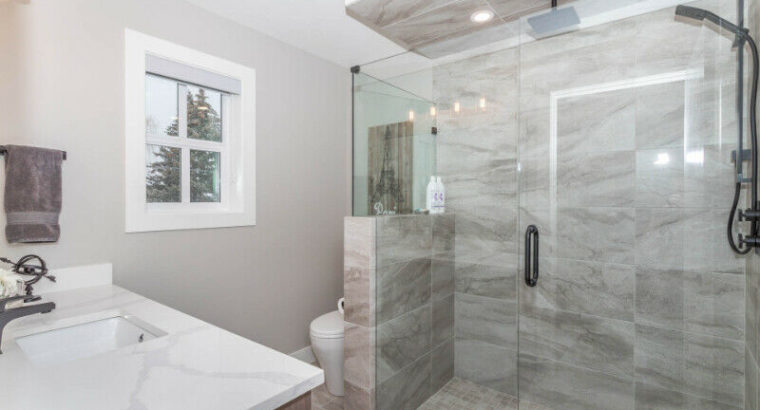 BRAND NEW FULLY FURNISHED HOME IN THE HEART OF DOWNTOWN KELOWNA