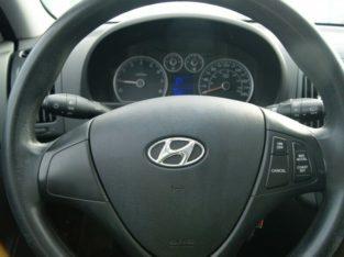 2012 Hyundai Elantra Touring GLS – $58 B/W