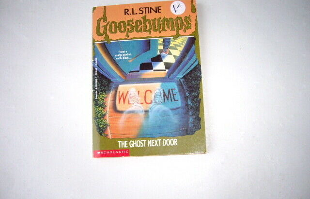 BOOK GOOSEBUMPS
