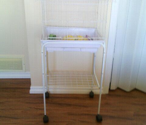 Like new bird cage