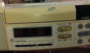 CD PLAYER AM FM RADIO CLOCK WITH TIMER