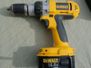 DeWalt 14.4 V Drill 1/2″