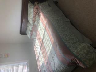 Full queen size bed