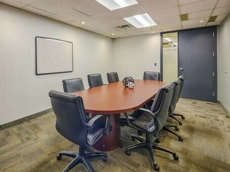 Best Private office for more than 15 people! All Included!