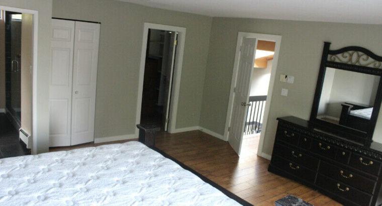 Large Master Bedroom for Rent