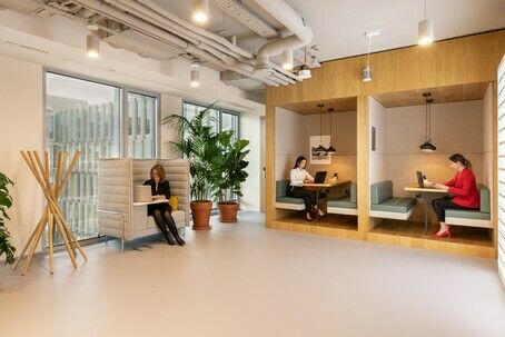 Best Private office for 3-4 People with Spaces! All Included!