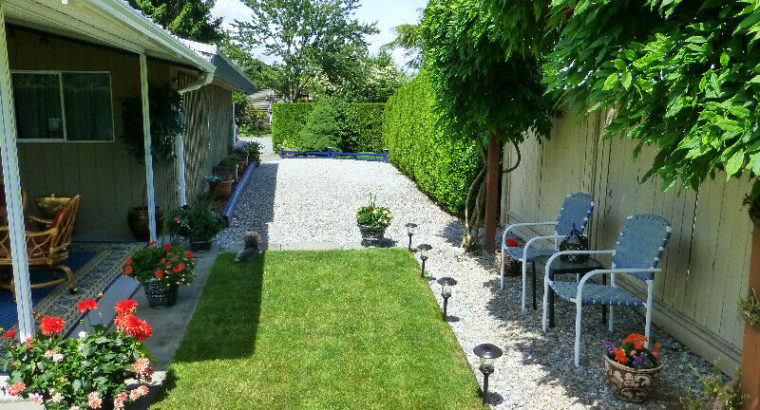 A UNIQUE AWESOME FAMILY HOME/ HAVE YOUR OWN PARK / IN CUL-DE-SAC