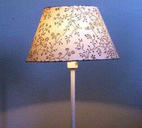 White Ikea Rodd Table Lamp