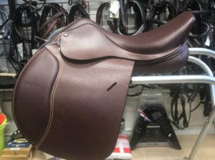 New 16 1/2in HDR Club English Saddle