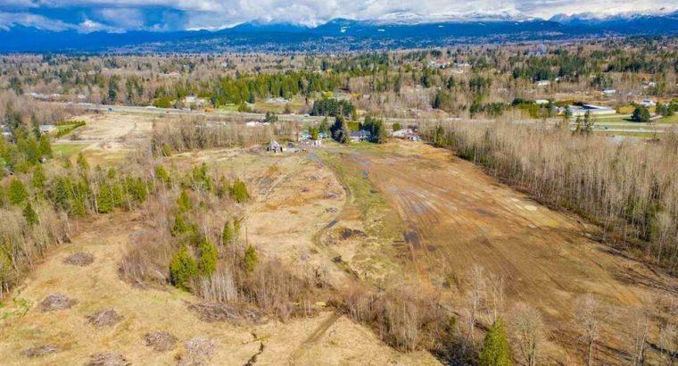 26148 56 AVENUE Langley, British Columbia