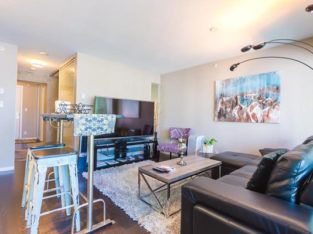Furnished/Unfurnished 1-bedroom in Yaletown available June 15