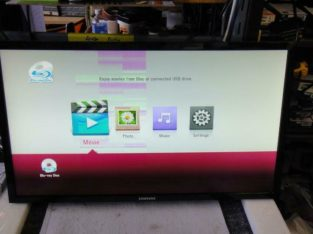 Samsung U28E590D _435T 28-Inch UHD LED-Lit AMD FreeSync 1ms, 370 cd/m2 Monitor (Used) **READ** Wide vertical bar on left