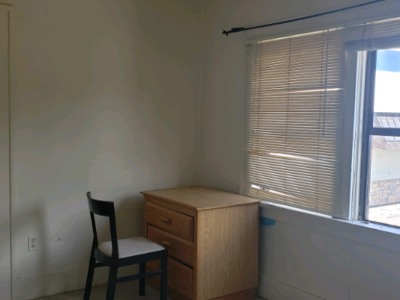 Private room in shared house available immediately