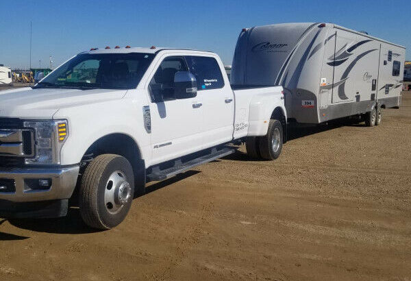 Need your RV or Camper or car Hauled? We can help (Van)