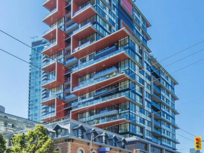 $2650 / 2br BEAUTIFUL CORNER UNIT w/ BALCONY (Yaletown)