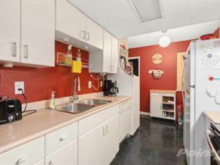 Homes for Sale in Aldergrove, British Columbia $389,700