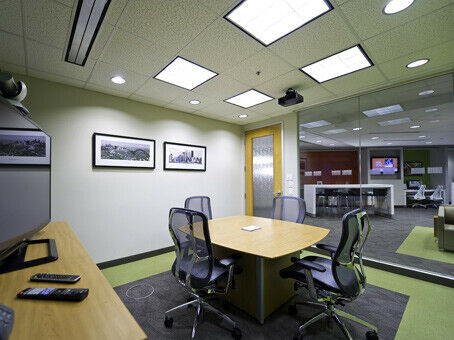 Ready-to-use office space to accommodate a team of up to 15.