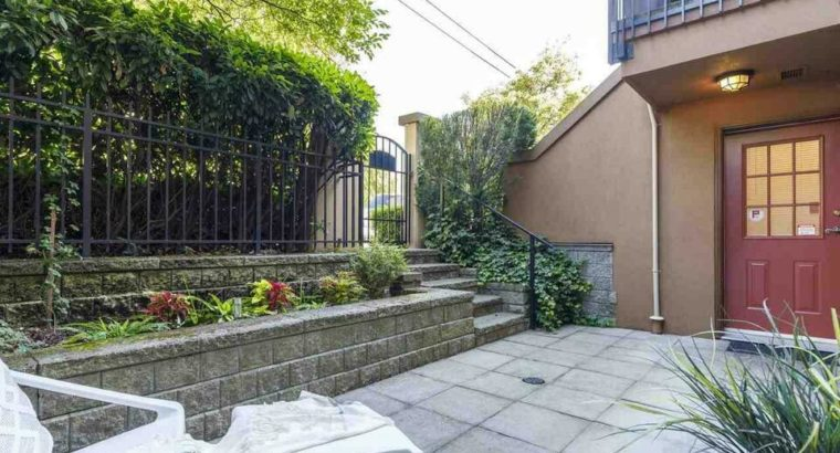 3022 W 4TH AVENUE Vancouver, British Columbia