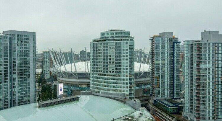 Available now!! Furnished Downtown Vancouver Room rental.