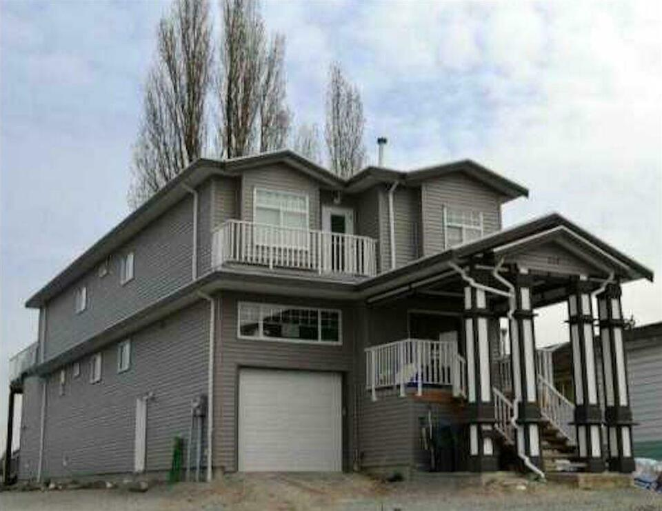 129 JARDINE STREET New Westminster, British Columbia